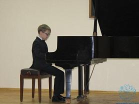 Отчетный концерт секции общего фортепиано «Весенние фантазии»