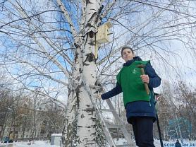 Ученики школы №24, активные участники ДЭО «Зеленый мир», совместно с представителями партии «Единая Россия» провели акцию «Встречаем весну!»