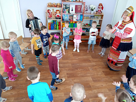 Музыкальное занятие во второй младшей группе « Народные напевы» Аникина Т.М., Афанасьева Е.П., Лобанова М.В.