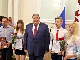Глава Мордовии Владимир Волков принял участие в чествовании ведущих спортсменов и тренеров республики.