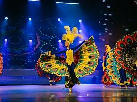 Учащиеся 6В класса посетили Государственный музыкальный театр им. И. М. Яушева на сцене которого, была представлена концертная программа «Новые приключения Лили или Путешествие в страну красок». Этот проект – замечательная возможность для юных артистов на