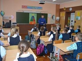 31 января в школе прошло игровое познавательное мероприятие «Весёлый хруст» для учеников 4А и 4Б классов.