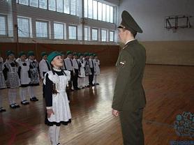 """В МОУ """"СОШ №38"""" состоялся смотр строя и песни, посвящённый Дню Защитника Отечества"""