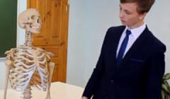 """Квашнин Юрий 9б класс """"Ученик года 2019"""""""
