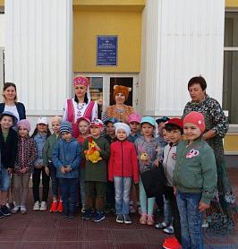 Экскурсия в Мордовскую республиканскую детскую библиотеку.