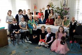 Праздничный концерт для пожилых людей.