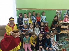 """Развлечение """"Масленица"""" в средней группе """"Курносики""""."""