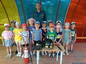 Пожарные в гостях у дошкольников